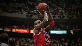 Sepatu 'Legend' Michael Jordan Laku Rp8,3 M di Lelang Online