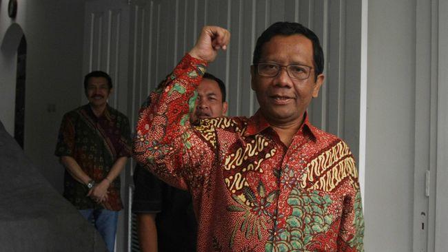 Mahfud MD akan menjawab secara langsung ke Jokowi apabila dipilih sebagai cawapres. Namun ia mengaku tak pernah membicarakan soal cawapres dengan Jokowi.