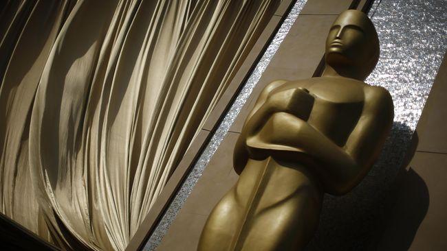 Dari 24 nominasi yang sudah diumumkan sejak Januari lalu, berikut prediksi pemenang enam kategori utama Oscar 2019 dari CNNIndonesia.com