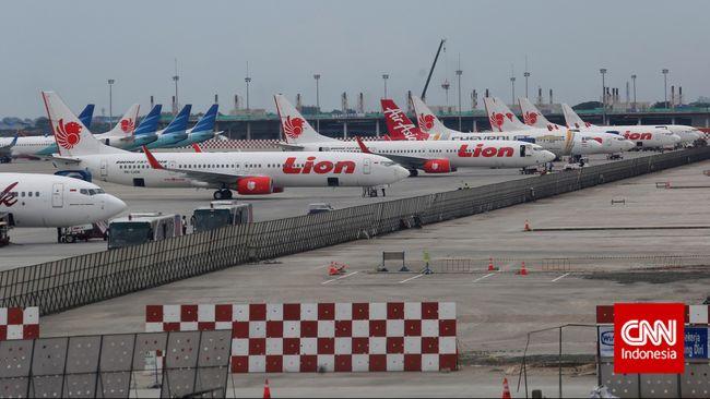 Lion Air menyatakan bahwa kapten pilot Bhavye Suneja yang membawa Lion Air JT-610 telah memiliki lebih dari 6.000 jam terbang.