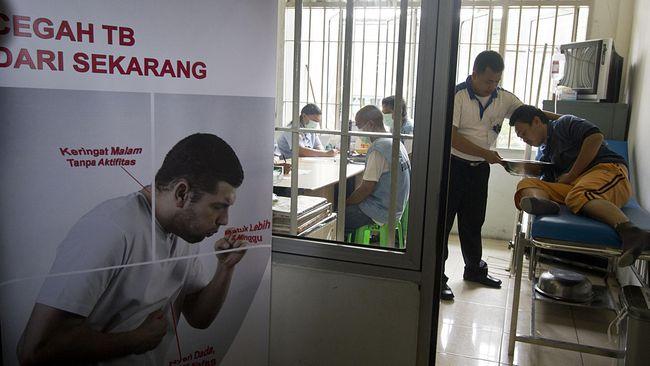 Menteri Kesehatan Nila Djuwita F Moeloek mengatakan saat ini Indonesia menduduki peringkat nomor dua penderita tuberkulosis atau TBC terbanyak setelah India.