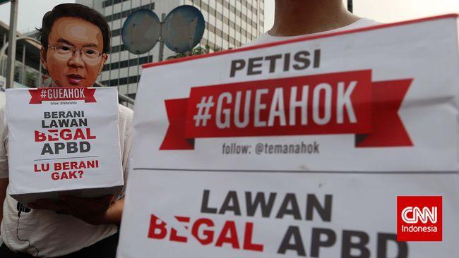 Dukungan bagi Ahok terus berdatangan. Tak hanya dari masyarakat umum, sejumlah tokoh termasuk Jaya Suprana menyatakan dukungan untuk Ahok.
