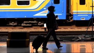 PSBB Jakarta Berlaku, Operasional Kereta Jarak Jauh Dibatasi
