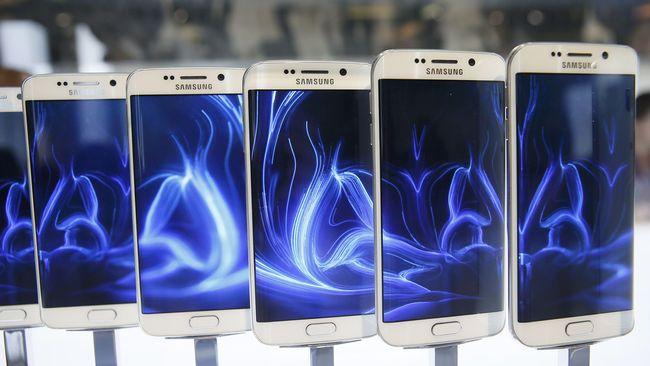 Samsung meninggalkan bodi plastik dan membuat Galaxy S6 dan S6 Edge terlihat cantik. Tapi demi kecantikan itu, Samsung mengorbankan beberapa hal.