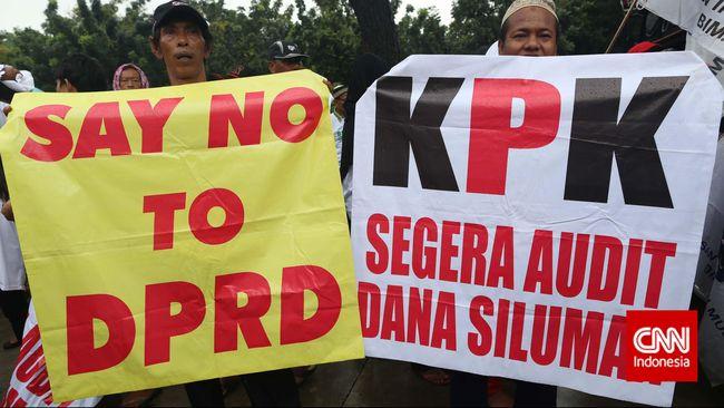Lembaga Bantuan Hukum Gerakan Anak Bangsa Republik Indonesia (Garindo) mendesak KPK untuk mengusut dugaan penyimpangan dana APBD DKI Jakarta.