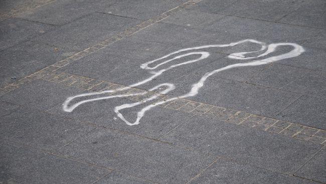 Seorang mayat laki-laki ditemukan di Pelabuhan Benoa, Bali, pada pukul 06.30 WITA, Selasa (30/3). Saat ini, polisi masih menyelidiki penyebab kematiannya.