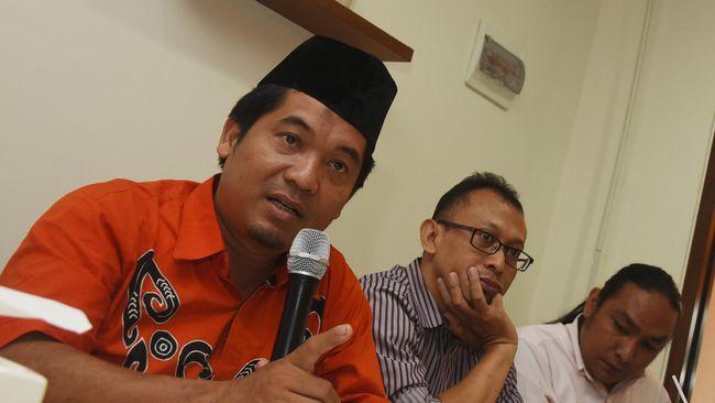 Direktur Eksekutif LIMA Ray Rangkuti menyebut bahwa dikotomi partai setan-partai Allah ala Amien Rais tak dapat membantu parpol yang didirikannya maraup suara.