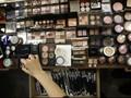Kosmetik 'Kirim' 4.300 Anak USA Ke RS Tiap Tahunnya