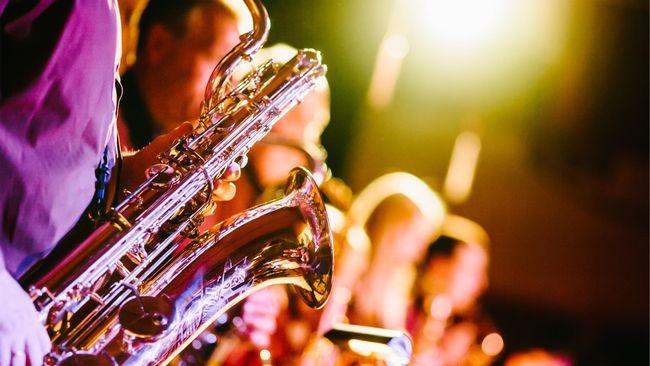 Di awal perkembangannya, musik jazz disebut sebagai Musik Iblis yang sempat dilarang diperdengarkan di ruang-ruang publik.