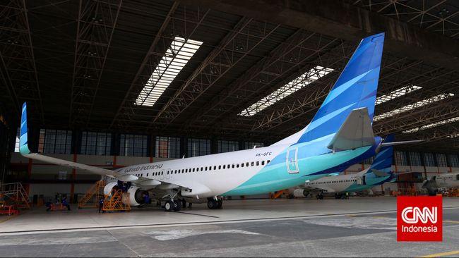 PT Garuda Indonesia (Persero) Tbk mengakui pendapatan perusahaan dari penjualan tiket selama bulan Ramadan rata-rata turun 10 persen tiap tahun.