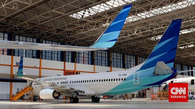 Garuda Indonesia melakukan pemeriksaan lanjutan terhadap 1 unit armada Boeing 737-800NG lalu yang diduga mengalami keretakan dengan melibatkan Boeing.