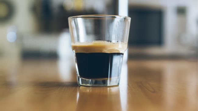 Sebuah penelitian menyebut bahwa kebiasaan minum kopi espresso dapat membuat umur lebih panjang serta mengurangi risiko penyakit kardiovaskular.