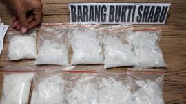 Kurir Edarkan Narkoba di Tengah Demo Omnibus Law di Jakarta