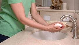 Studi: Bahan Kimia dalam Sabun Sebabkan Osteoporosis