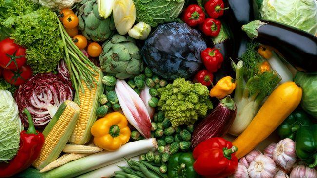 Masyarakat diharapkan berhati-hati memilih produk sayur atau buah organik. Pasalnya pemerintah hanya mengeluarkan satu organik untuk semua produk.
