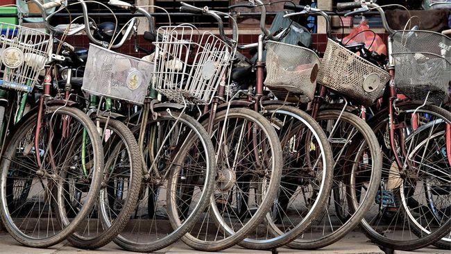 Wisatawan yang hendak bersepeda di Kota Yogykarta dapat dengan mudah mengaskes rute yang ingin dilalui melalui aplikasi Jogja Smart Service (JSS).