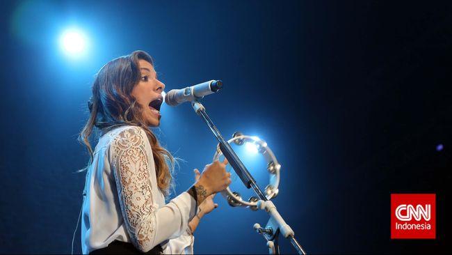 Penyanyi asal Amerika Serikat, Christina Perri, kembali kehilangan bayinya setelah sempat mengalami keguguran pada awal tahun lalu.