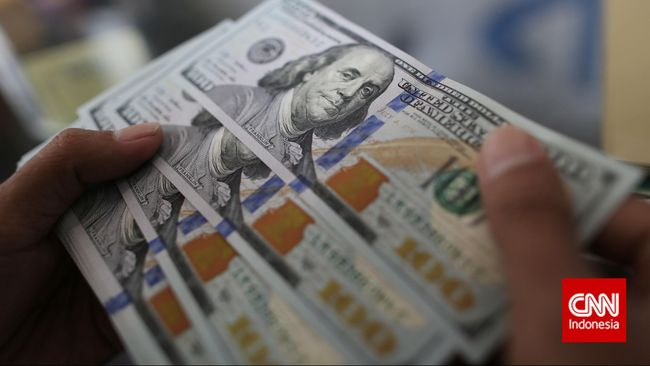 Moody's mencatat simpanan atau tabungan penduduk di seluruh dunia mencapai US$5,4 triliun sejak awal pandemi covid-19 pada Maret 2020 lalu.