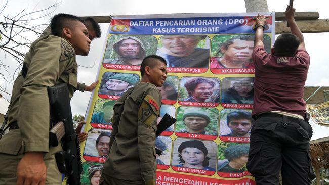 Kapolda Sulteng Brigjen Rudy Sufahriadi berkata, keberadaan sejumlah warga etnis Uighur itu membuat markas kelompok Santoso tak pernah kekurangan logistik.
