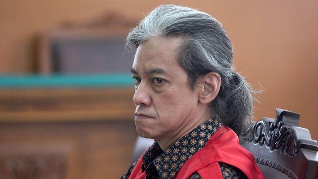 Fariz RM mengalami berbagai hal pahit yang tak diungkap ke publik semasa tiga kali menjalani hukuman kasus narkoba.