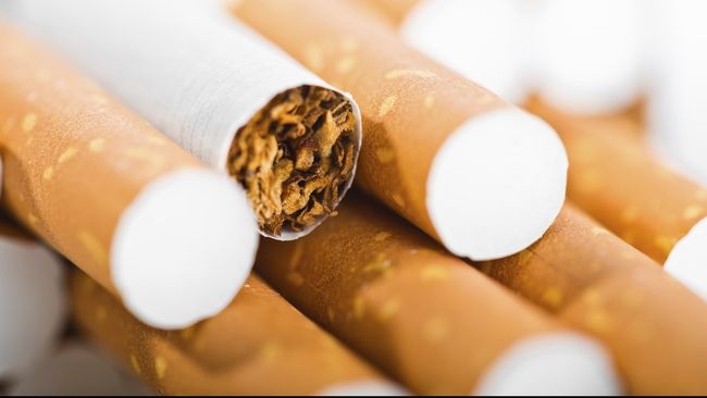 Imigrasi Singapura menyita total 3.331 karton rokok selundupan serta 226,6 kilogram tembakau kunyah di pos perbatasan dengan Malaysia di Tuas.