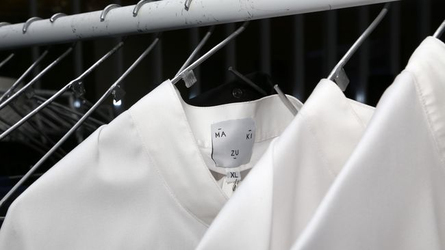 Beberapa jenis bahan pakaian berdampak baik bagi lingkungan, sementara sebagian besarnya tak ramah kelangsungan alam.