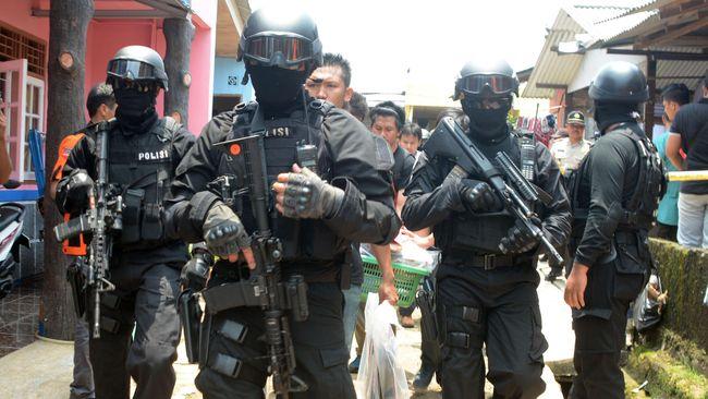 Terkait peringatan dari Pemerintah Jepang, BNPT menyebut terus melakukan pencegahan aksi teror, termasuk melalui penangkapan 320 orang.