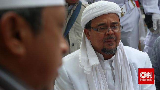 Petinggi FPI Munarman saat ini masih berupaya membantu kepulangan Rizieq Shihab agar bisa kembali ke Indonesia akhir tahun.