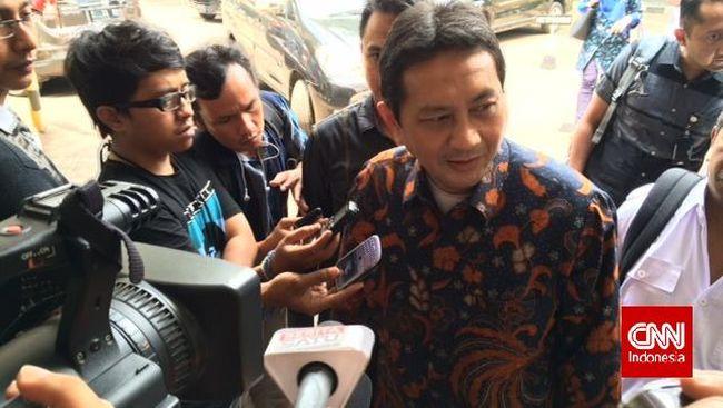 Bekas Kepala Dinas Perhubungan DKI Jakarta bakal menggugat Presiden Joko Widodo terkait kasus dugaan tindak pidana korupsi pengadaan bus TransJakarta 2013.