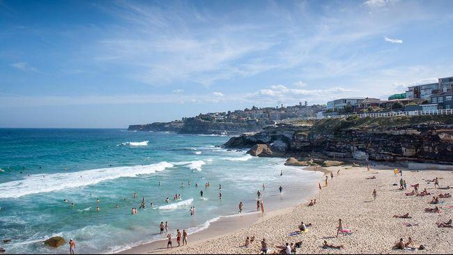 Peneliti menyebut 50 persen pantai di dunia akan lenyap pada 2020 akibat pemanasan global.