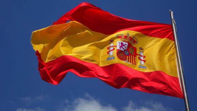 Pertumbuhan ekonomi Spanyol terkontraksi tajam hingga 11 persen sepanjang 2020. Kontraksi ini dipicu oleh pandemi corona.