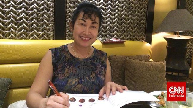 Wanita kelahiran Blitar ini menceritakan jatuh bangun usahanya dalam mengenalkan cita rasa Nusantara di negeri sang Ratu Eizabeth.