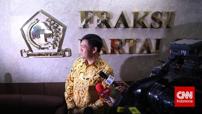 Wasekjen Golkar menyatakan pihaknya menunggu pernyataan resmi KPK sebelum melakukan kajian internal serta mengeluarkan putusan terkait kabar OTT KPK.