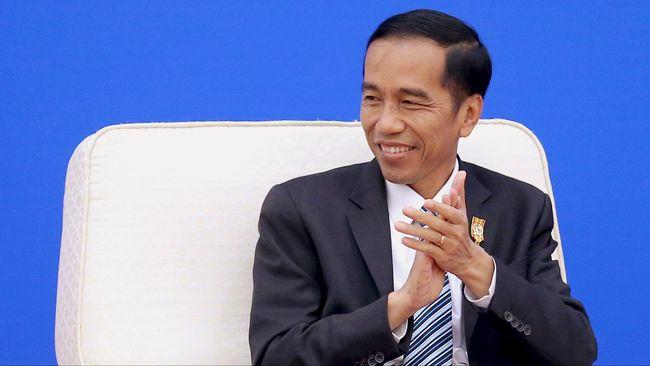 Jokowi menyebut pemerintah tidak ingin terfokus pada pembangunan infrastruktur besar saja. Ia berkata, kebudayaan juga vital sebagai penyeimbang kehidupan.