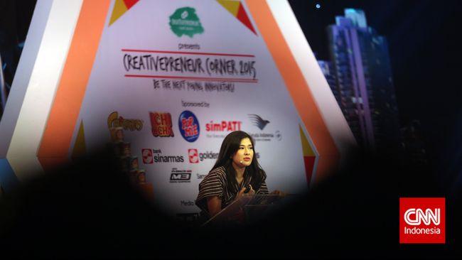 Pengusaha, sekaligus mertua dari aktris Dian Sastrowardoyo, Adiguna Sutowo meninggal dunia pada Minggu (18/4).