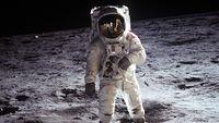 Jejak Sepatu Neil Armstrong di Bulan Dilindungi UU AS