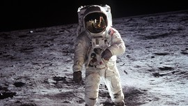 NASA Kirim Astronaut Perempuan Pertama ke Bulan pada 2024