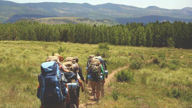 PVMBG mengimbau pendaki yang berencana memperingati HUT ke-73 RI di seluruh kawasan pegunungan untuk tak berada dekat dengan kawah.