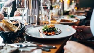 Paris Buka Restoran Bugil Pertamanya