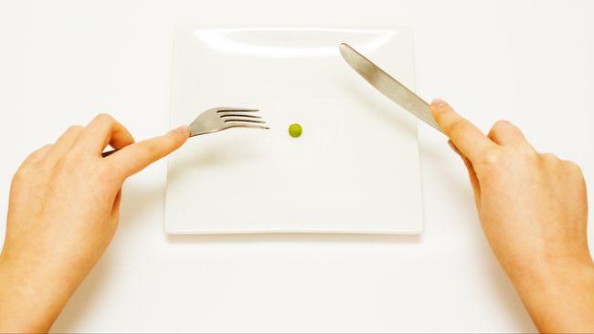 Selama ini hanya perempuan yang mengalami masalah anoreksia nervosa. Namun kenyataannya, banyak juga pria yang mengalami masalah ini.