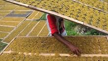 Jokowi izinkan Pebisnis Besar Masuk ke Industri Rempeyek