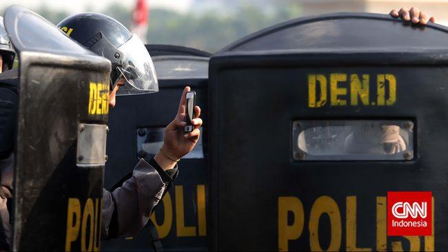 Karo Penmas Mabes Polri, Brigjen Pol Dedi Prasetyo menyebut 34 Ribu personel diterjunkan amankan 22 Mei, DKI Jakarta dipastikan kondusif.