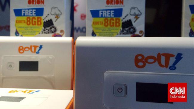 Kominfo mengatakan nasib pelanggan First Media dan Bolt sepenuhnya berada di tangan perusahaan pascakisruh tunggakan lisensi frekuensi 2,3 GHz.