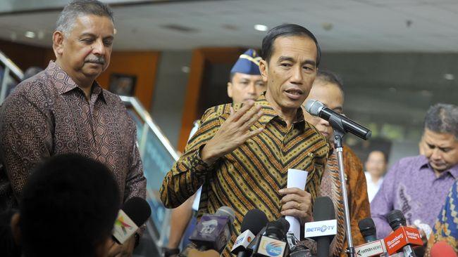 Presiden Joko Widodo (Jokowi) memberikan akses listrik gratis kepada 11 ribu rumah tangga tidak mampu di Kabupaten dan Kota Bekasi, Jawa Barat.