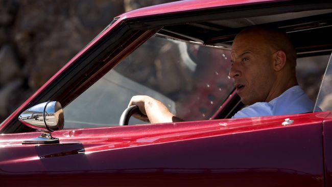 Seorang astrophysicist menilai sebagian adegan mobil magnet di filim Fast & Furious 9 tak mungkin bisa dilakukan.