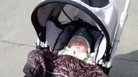 5 Cara Tepat 'Menjemur' Bayi
