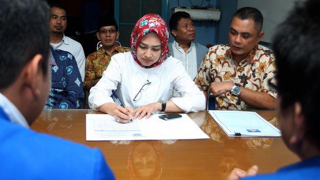 Wali Kota Tangsel Airin Rachmi mengatakan masa tanggap darurat bencana non alam Covid-19 di wilayahnya diperpanjang hingga 29 Mei 2020.