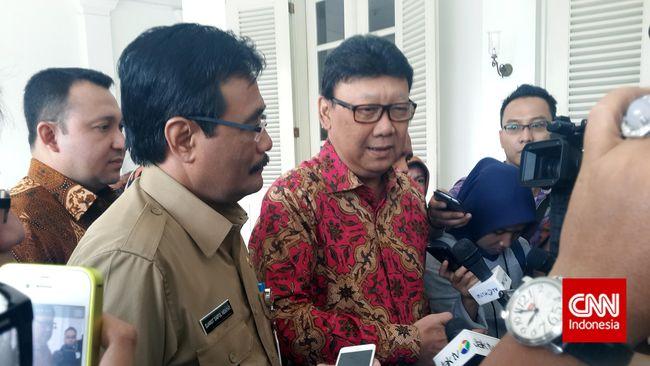 Pemprov DKI Jakarta menghancurkan 11.320 botol minuman beralkohol berbagai merek pada hari ini yang merupakan hasil operasi Januari 2015 hingga sekarang.