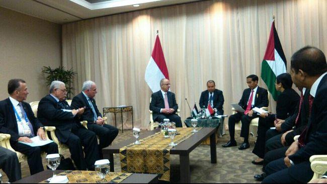 Dalam pertemuan bilateral dengan Perdana Menteri Palestina, Rami Ramdallah, Jokowi menyampaikan langsung dukungan kemerdekaan Palestina.