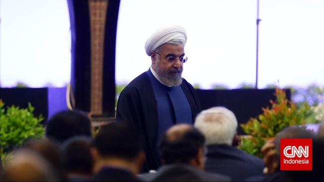 Dalam pidatonya di KAA, Presiden Iran Hassan Rouhani menyerukan penghentian campur tangan negara-negara Arab dalam konflik di Yaman.